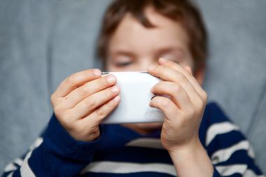 نکات مهم استفاده کودک از تبلت یا موبایل